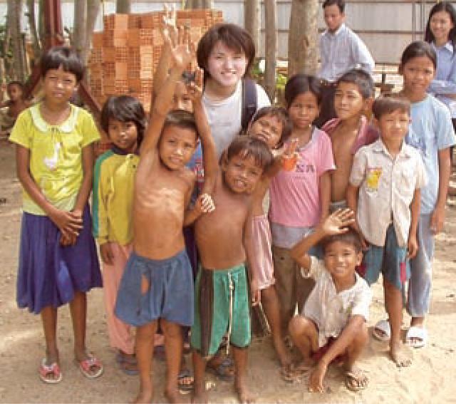 カンボジア 少女売春